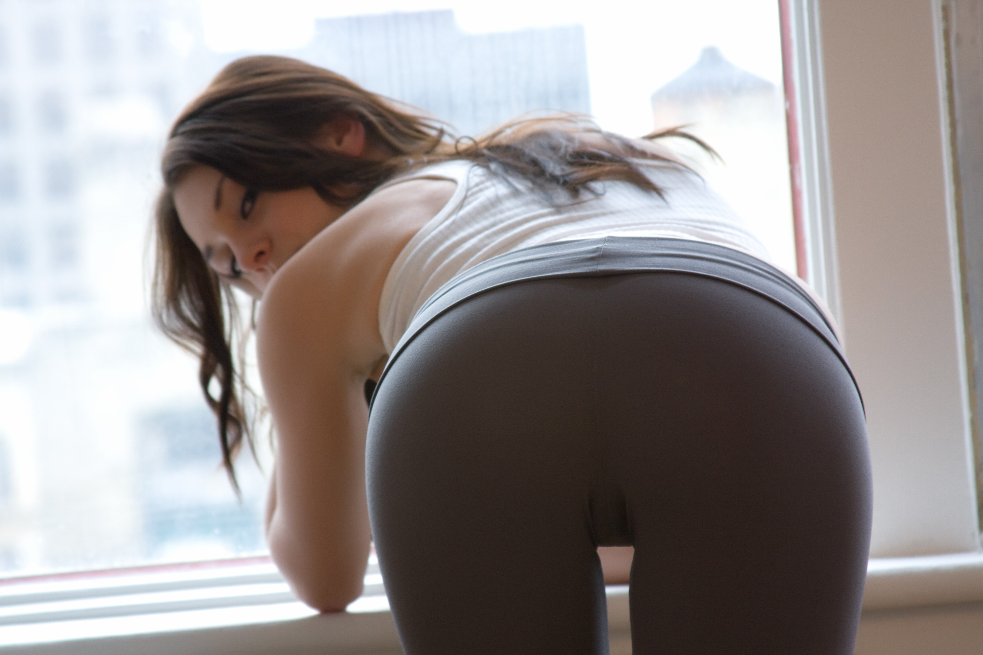 Loose girls ass — pic 11