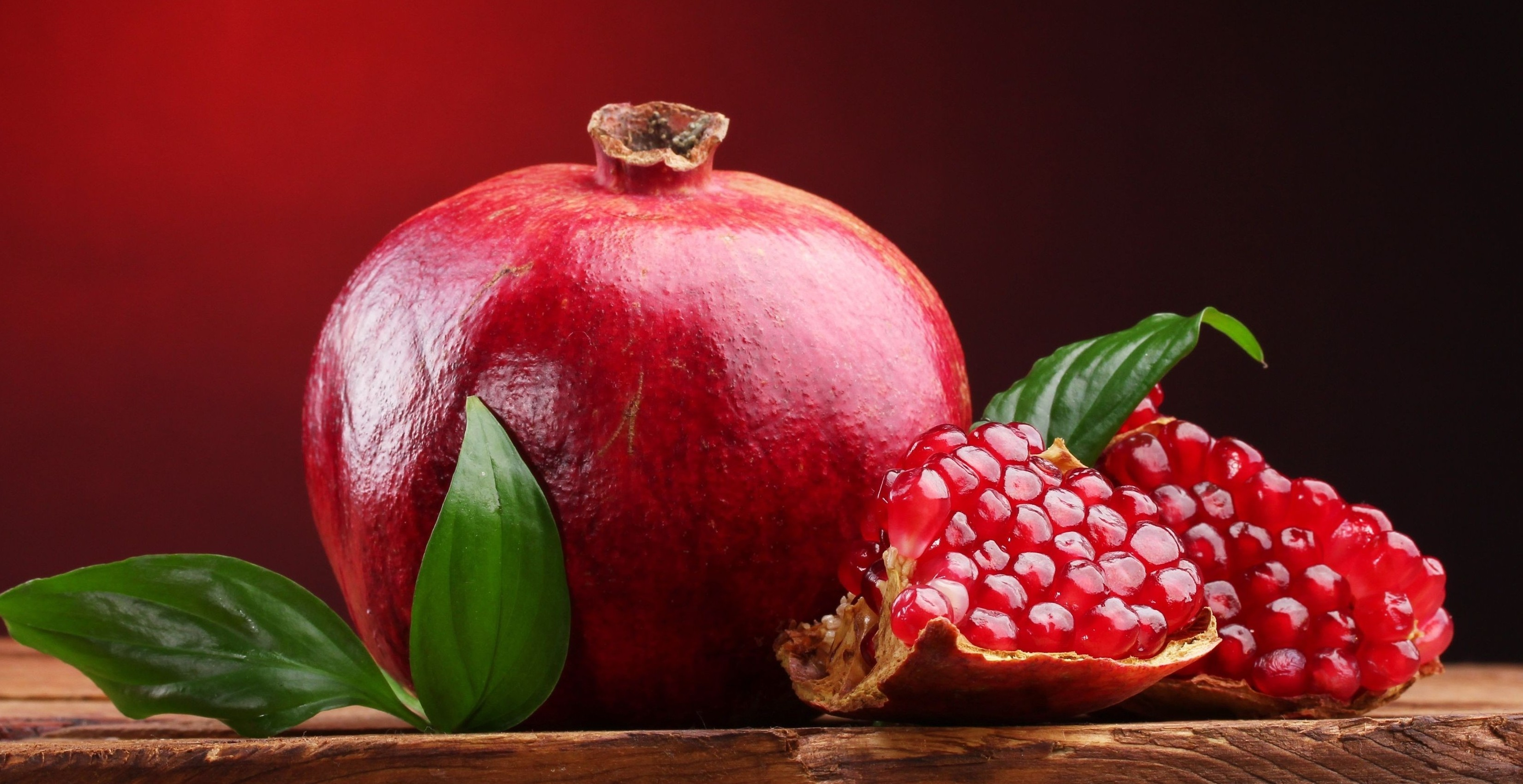 red colored fruits - HD