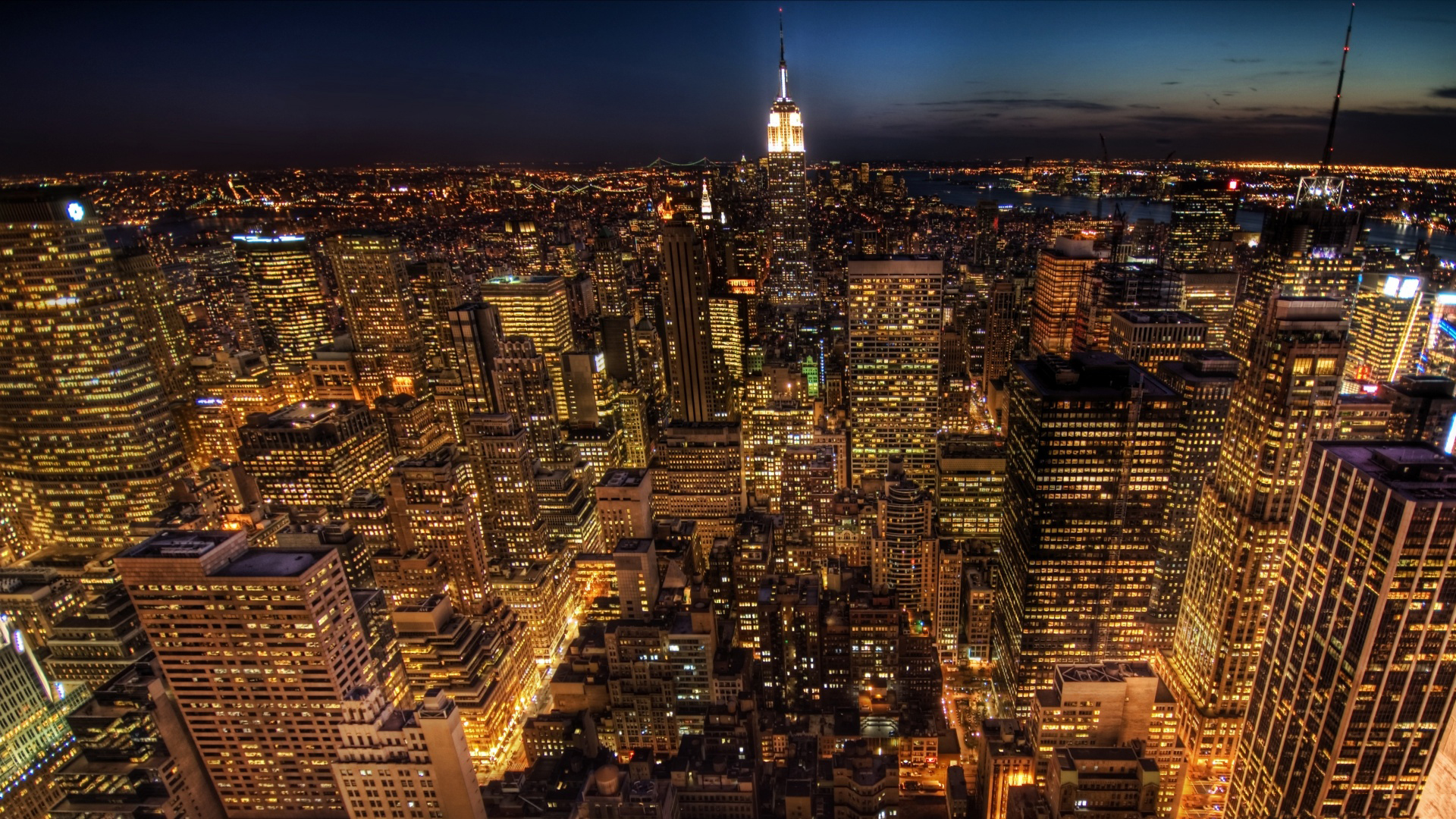 What a night in New York City looks like from 7,500 feet - Mashable Manhattan photos at night